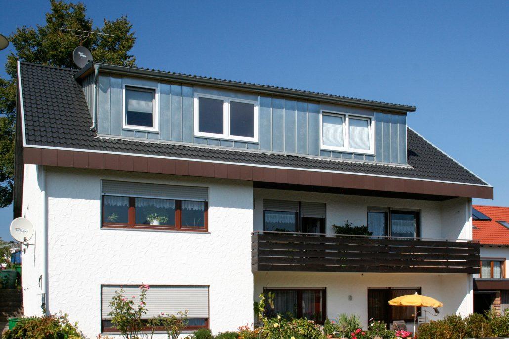 dachgauben und dachfenster holzbau mayle. Black Bedroom Furniture Sets. Home Design Ideas